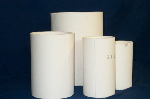 Large Alumina Crucibles for Melting Metal